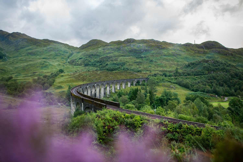 Das Viadukt ist auch ohne Zug drauf ein Hingucker.